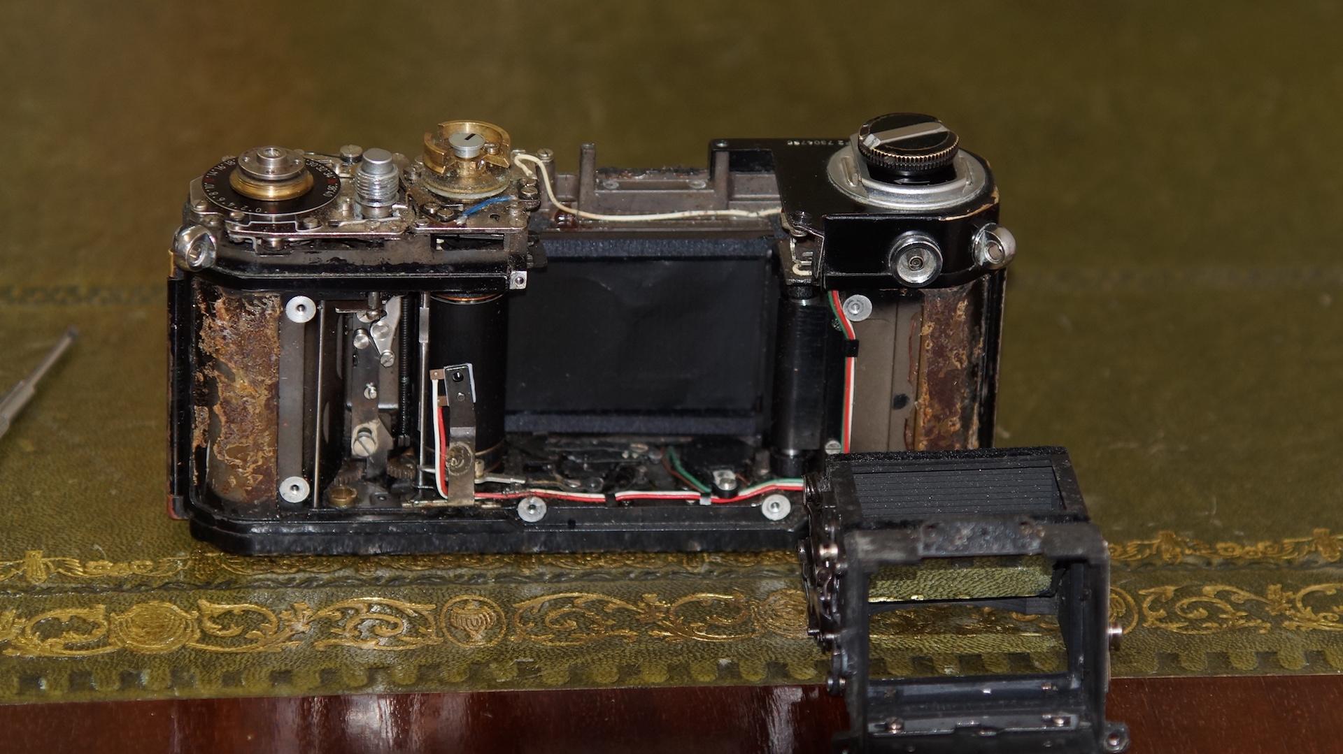 Nikon F2 - DIY Repairs & Maintenance | Photrio com