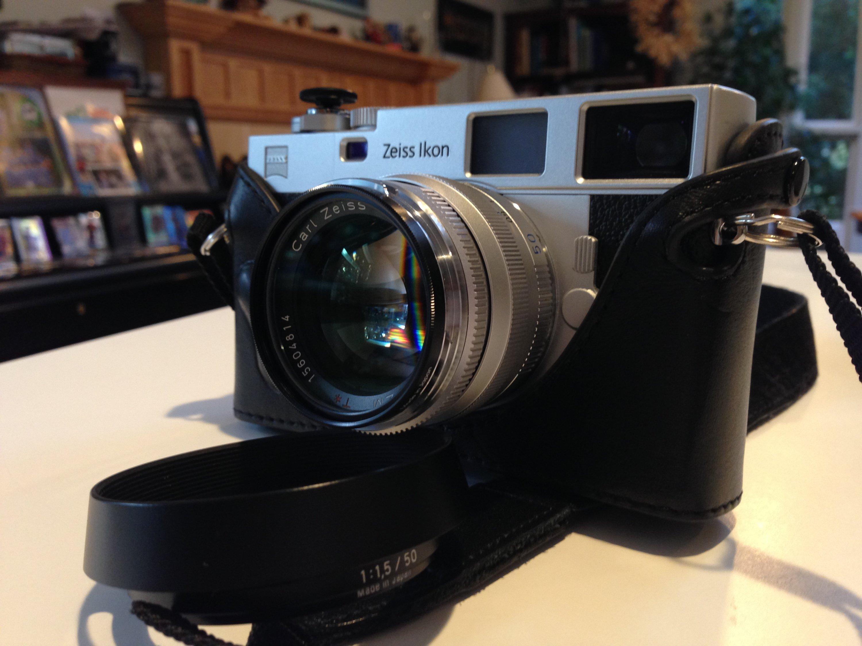 Zeiss Ikon ZM with Zeiss C Sonnar T 50mm F/1 5 ZM lens, Zhou case
