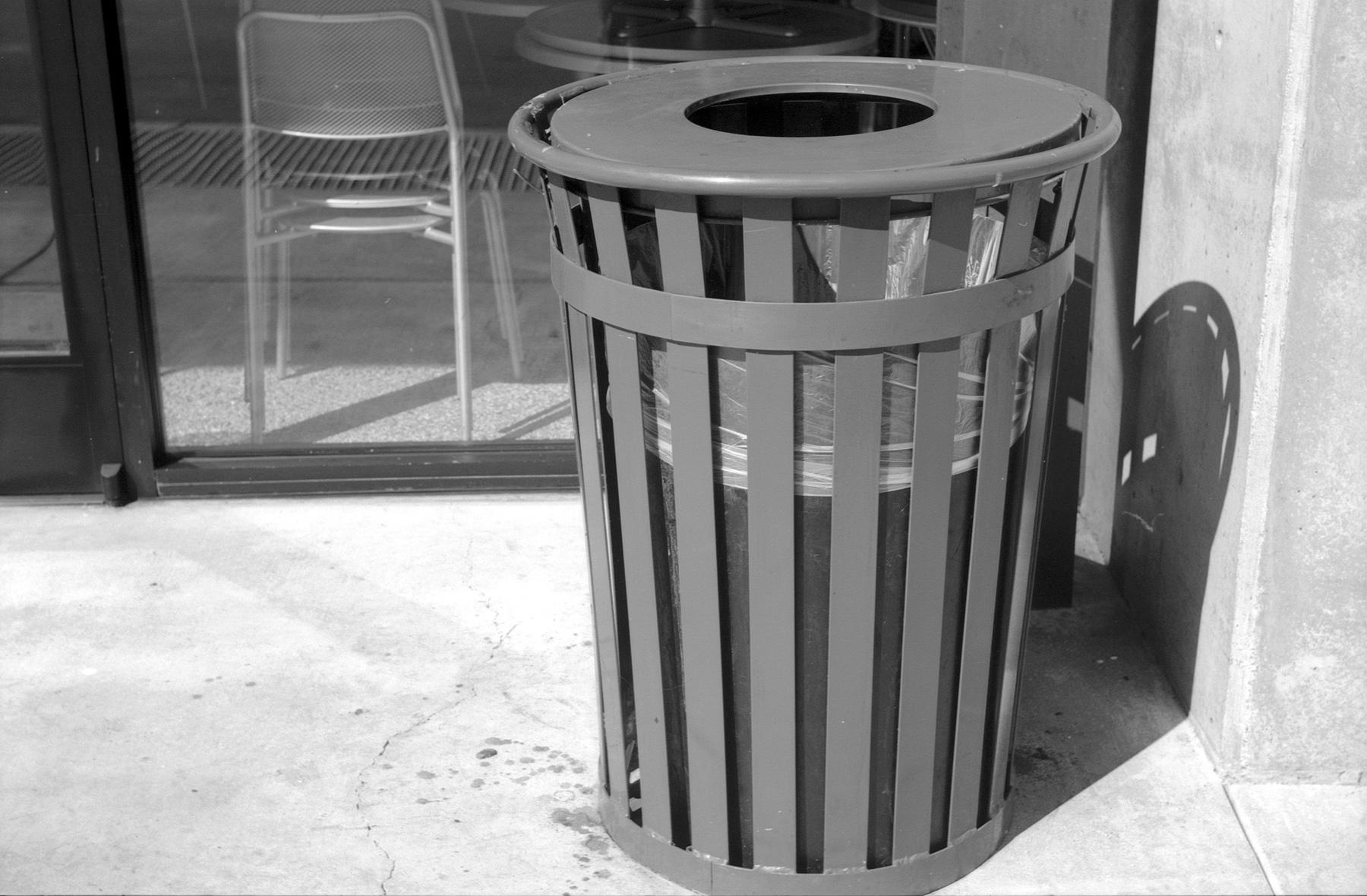 Leica IIIf Film Ferrania at 50 HC110 trash can.jpg