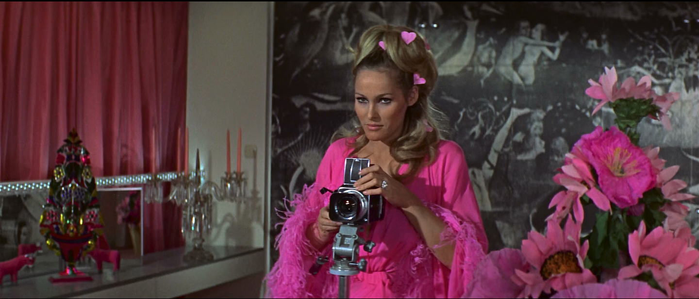 Ursula_Andress_Hasselblad.jpg